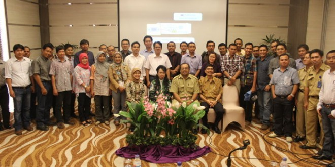 Sosialisasi Pelaporan EITI Indonesia Tahun 2010-2011, Banjarmasin 9 Oktober 2013