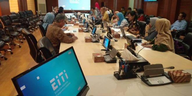 Upaya Pelaksanaan Mainstreaming Data Industri Ekstraktif